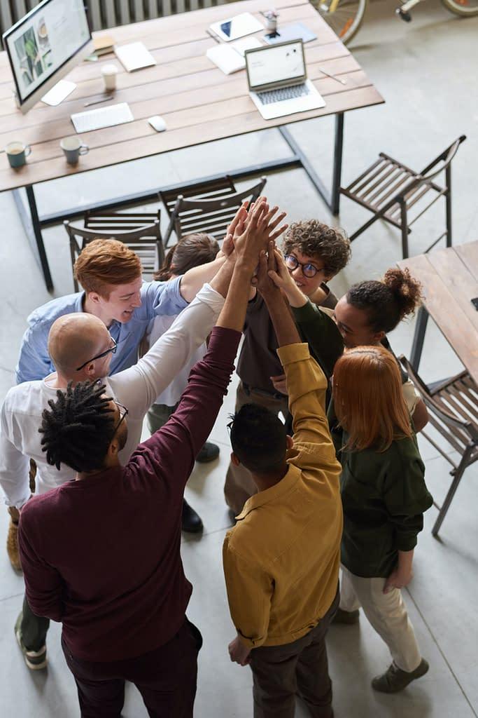 Comment la constellation en entreprise peut restaurer un esprit d'équipe au sein de votre organisation et entre les salariés ?