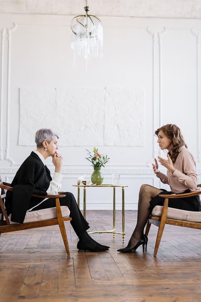Comment le dialogue avec un thérapeute holistique ou un travail thérapeutique peut permettre le développement ?